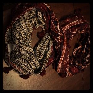 Stella & dot reversible infinity tassel scarf